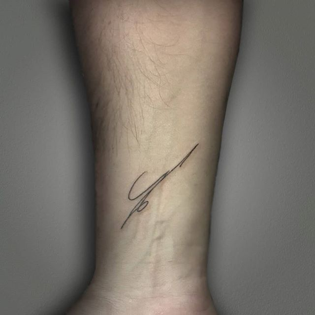 signature tattoo